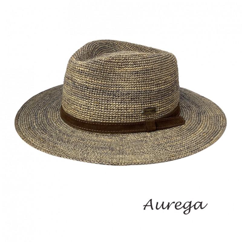 Chapeau été en raphia traveller.